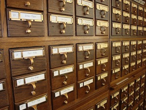 Gli archivisti ed i bibliotecari si occupano ogni giorno di content curation! (fonte immagine: http://goo.gl/QsBm9O)