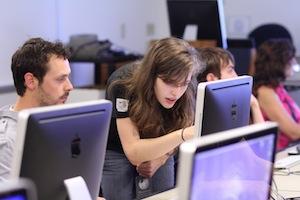 La content curation interna all'azienda è uno strumento importante che facilita il lavoro del personale (fonte immagine: http://goo.gl/LM0pq)