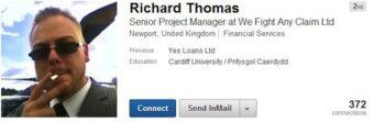 Semplicemente, non usate una foto del genere per il vostro profilo Linkedin! (Fonte immagine: http://goo.gl/l7vlpq)