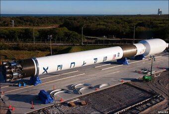 SpaceX potrebbe arrivare su Marte prima della NASA (fonte immagine: http://goo.gl/Hx49Bp)
