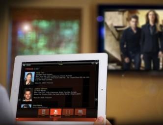 """Oggi la TV è un """"second screen"""": è accesa mentre navighiamo su altri dispositivi (fonte immagine: http://goo.gl/xIuFHV)"""