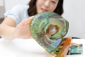 Il display arrotolabile OLED realizzato da LG